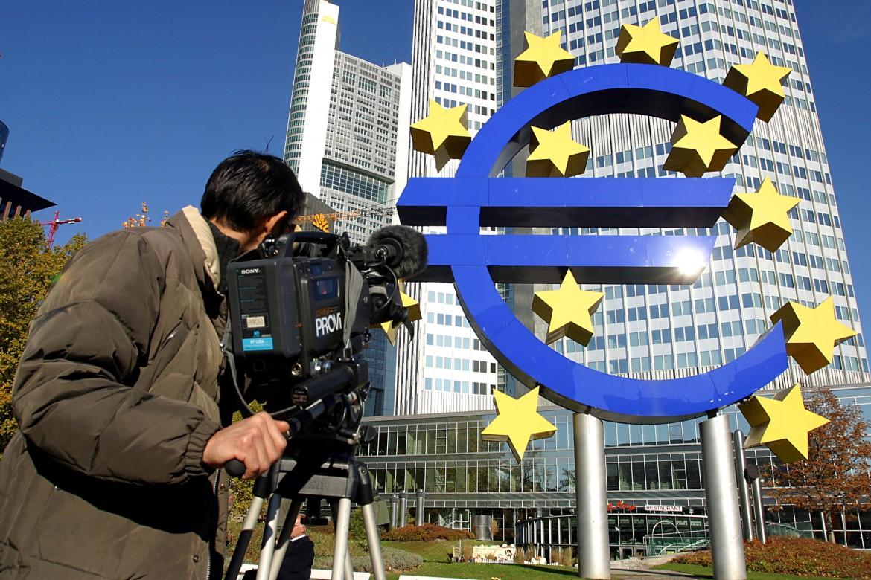 La Bce pu cancellare il debito ora 2500 miliardi per la ripresa