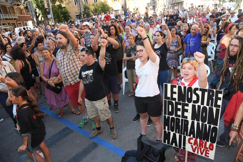 La manifestazione di ieri in piazza Alimonda a Genova