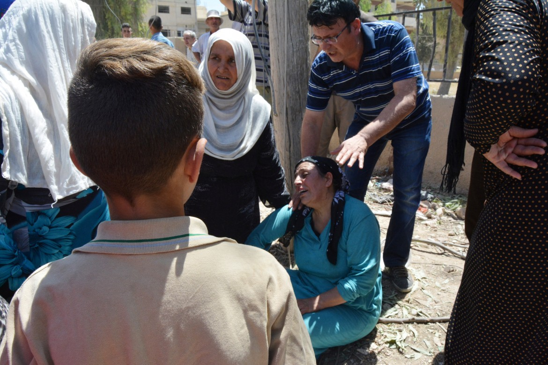 Lutto nella città curdo-siriana di Qamishli dopo una strage dell'Isis