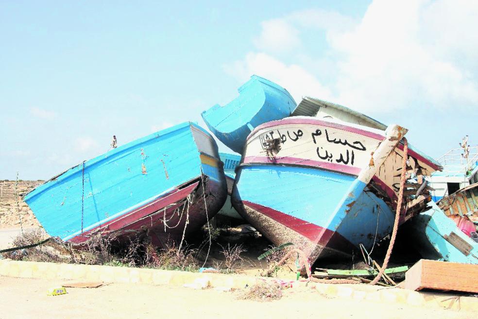 Barche abbandonate sulle spiagge di Lampedusa
