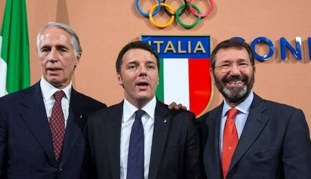 Da sinistra: Giovanni Malagò, Matteo Renzi e Ignazio Marino