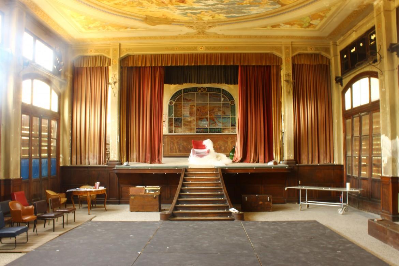 Performance e Fotografia nel Teatro Marinoni di Lorenzo Bottiglieri