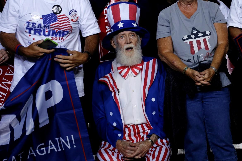 Supporte di Trump in Arizona