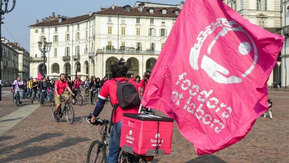 Torino, un momento della protesta di