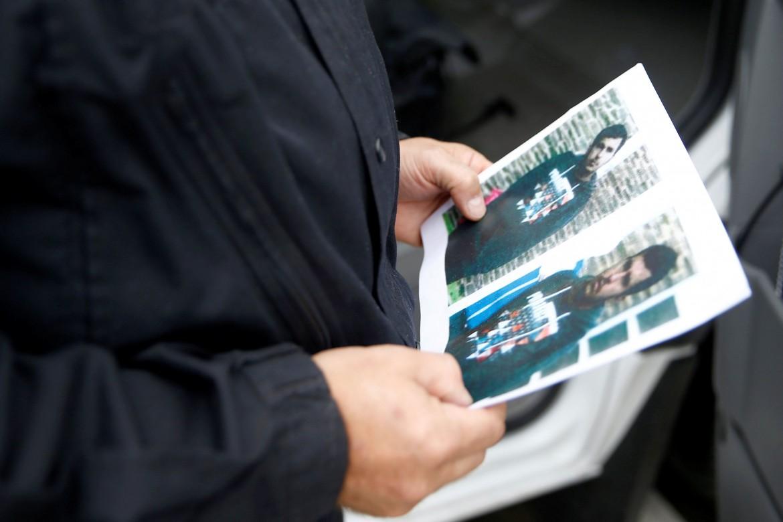 La foto segnaletica del sospetto terrorista