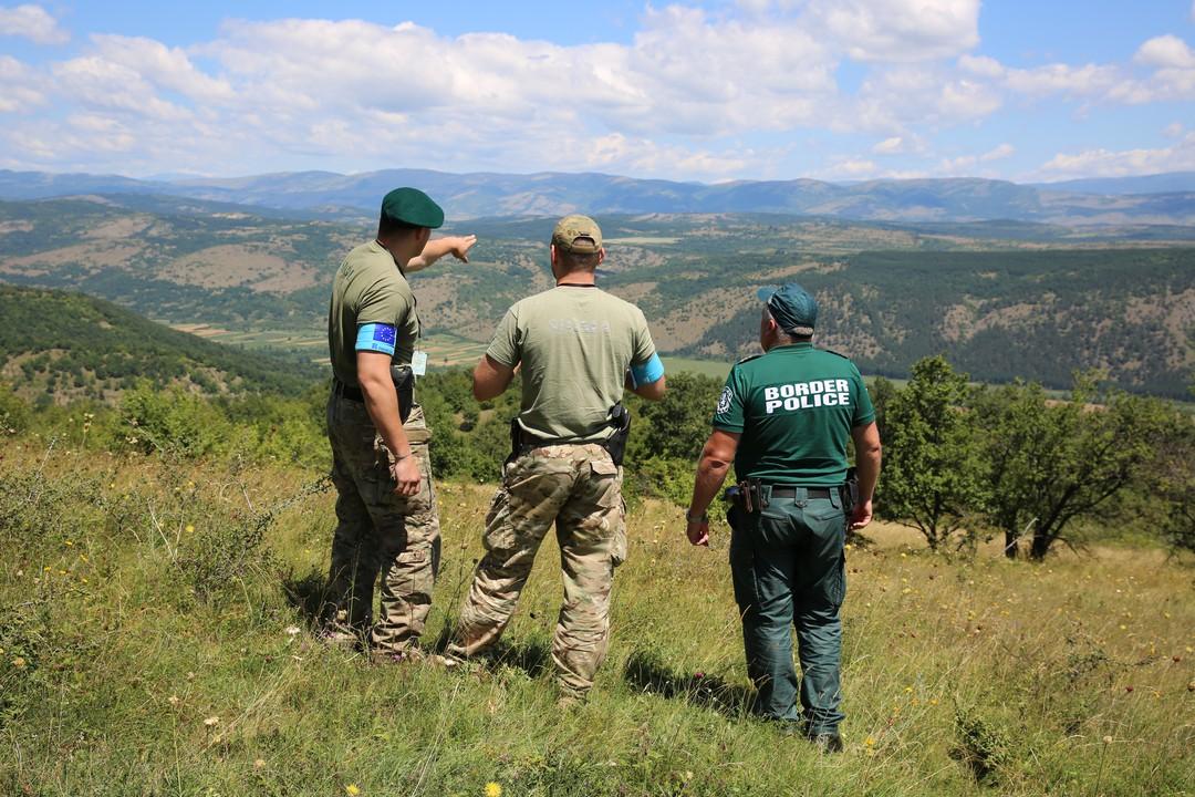 Uomini della nuova Agenzia europea della guardia di frontiera e costiera