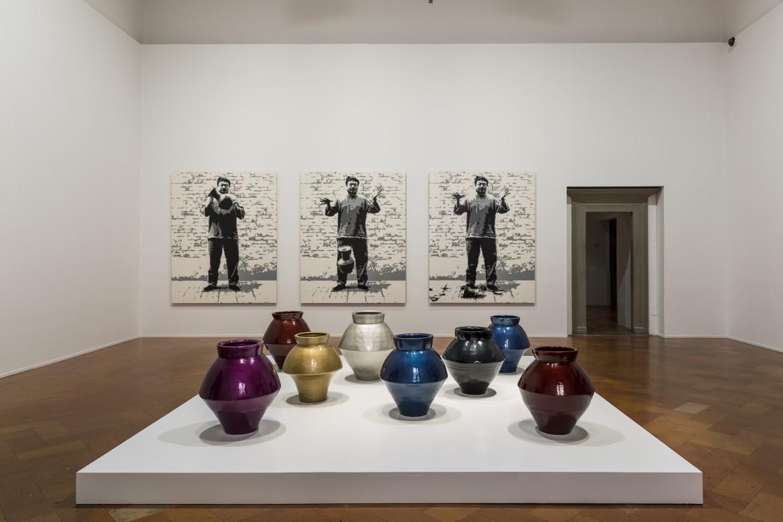 Una delle sale della mostra di Ai Weiwei a Firenze, Palazzo Strozzi