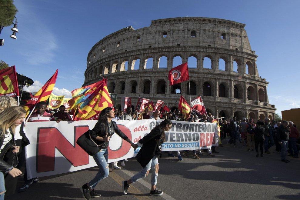 Roma 22 ottobre 2016, corteo No Renzi Day