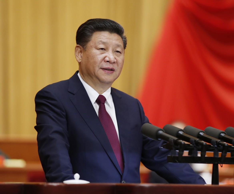 Xi Jinping ascolti i manifestanti di Hong Kong
