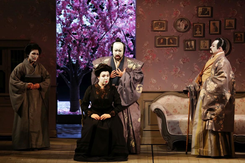 La soprano Maria José Siri è di Cio-Cio-San («signorina farfalla») nella Madama Butterfly diretta da Chailly