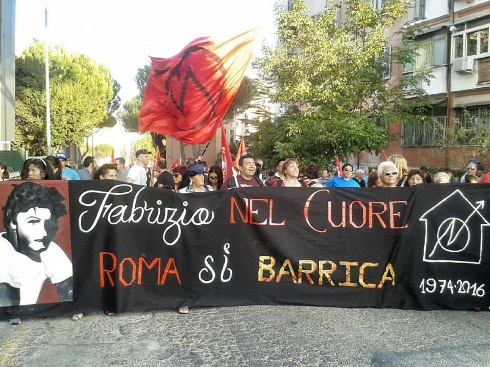 Roma, corteo in memoria di Fabrizio Ceruso