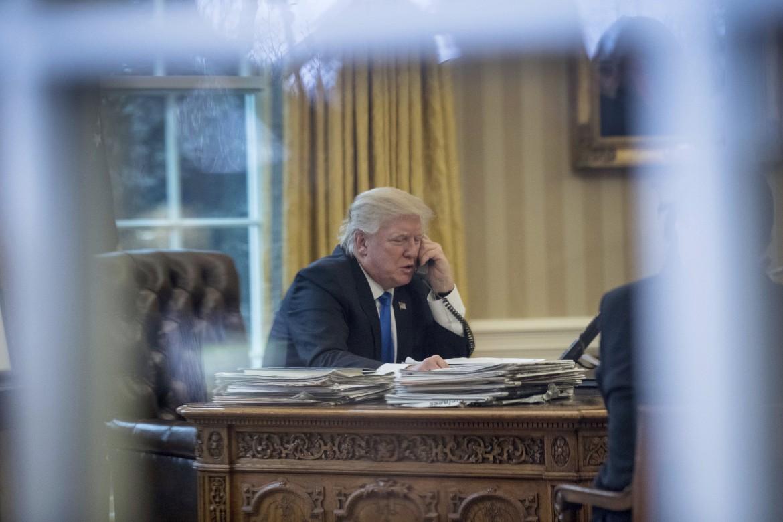 Donald Trump nello Studio ovale alla Casa bianca