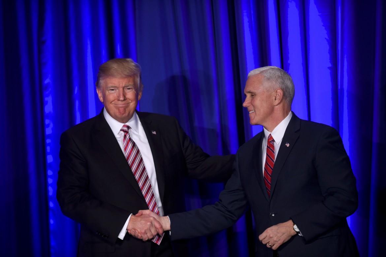 Trump con il vicepresidente Pence