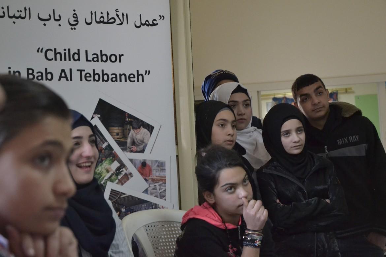 Partecipanti al workshop nel Centro Rene Moawad, Bab el Tebbaneh, Tripoli
