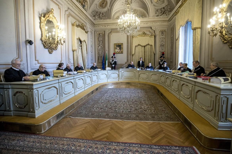 I giudici riuniti nella Sala Gialla