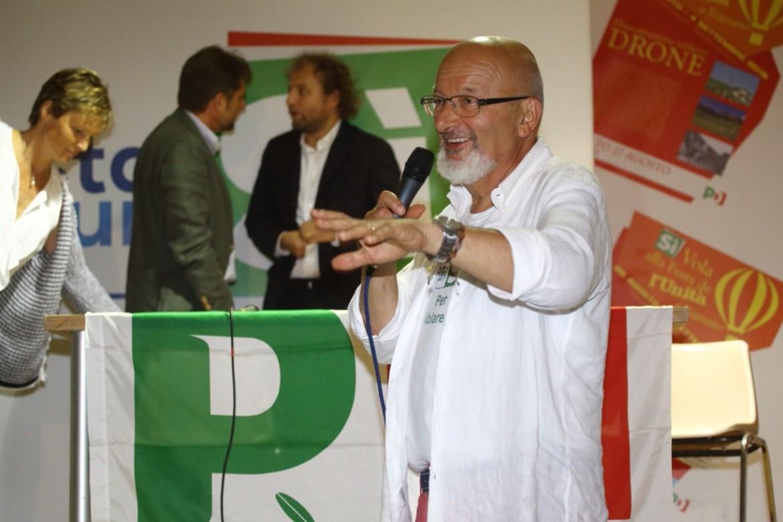 Tiziano Renzi, il 'babbo' del leader Pd