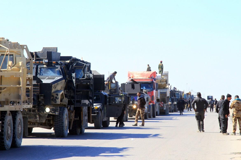 Le unità del contro-terrorismo iracheno a Bartella, 20 km da Mosul