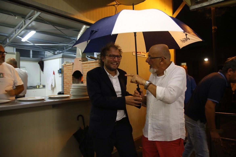 Luca Lotti e Tiziano Renzi alla festa dell'Unità di Firenze nell'agosto 2016