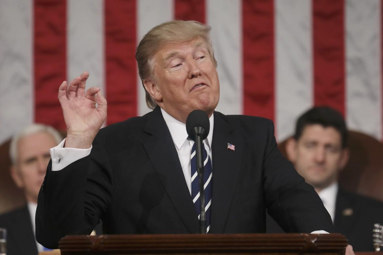 Trum nel suo primo discorso alle camere riunite del Congresso