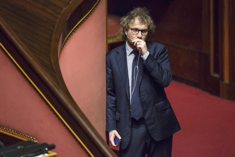 Il ministro dello sport, con delega all'editoria, Luca Lotti