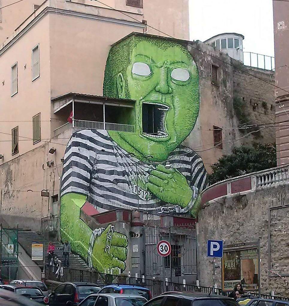 L'«ex Opg Je so' pazzo» nel rione Mater Dei, a Napoli