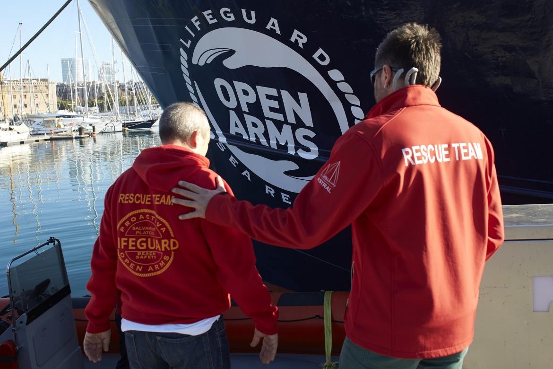 Le operazioni della nave Golfo Azzurro della ong spagnola Proactiva Open Armas