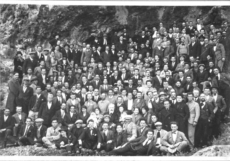 Gruppo di confinati politici sull'isola di Ventotene tra il 1930-1940. Sotto Altiero Spinelli, Ernesto Rossi, Eugenio Colorni e altri a Ventotene