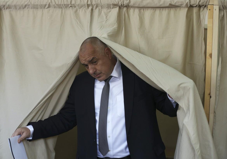 Boyko Borisov, leader del movimento di centrodestra Gerb, sotto Kornelia Ninova del Partito socialista