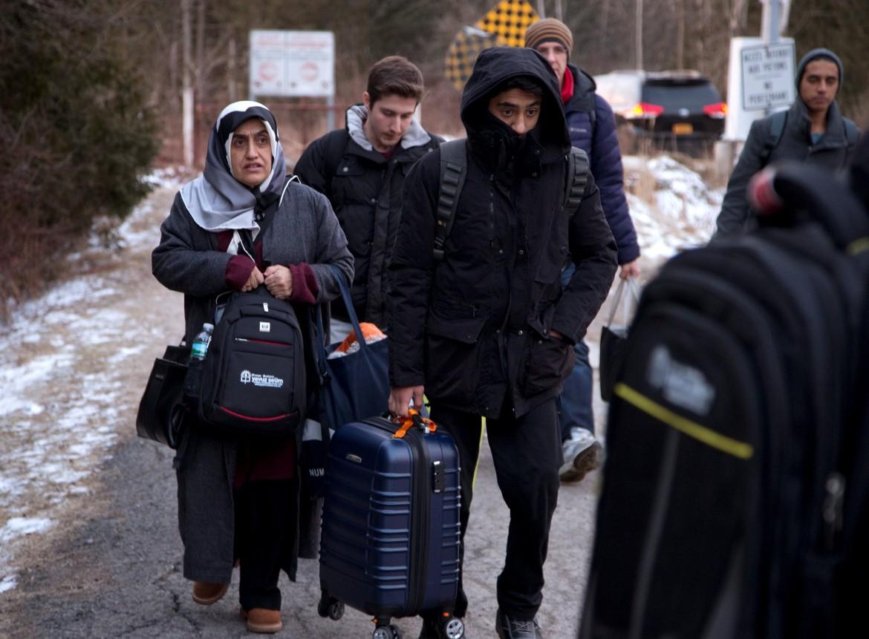 Controlli sugli immigrati al confine con il Québec