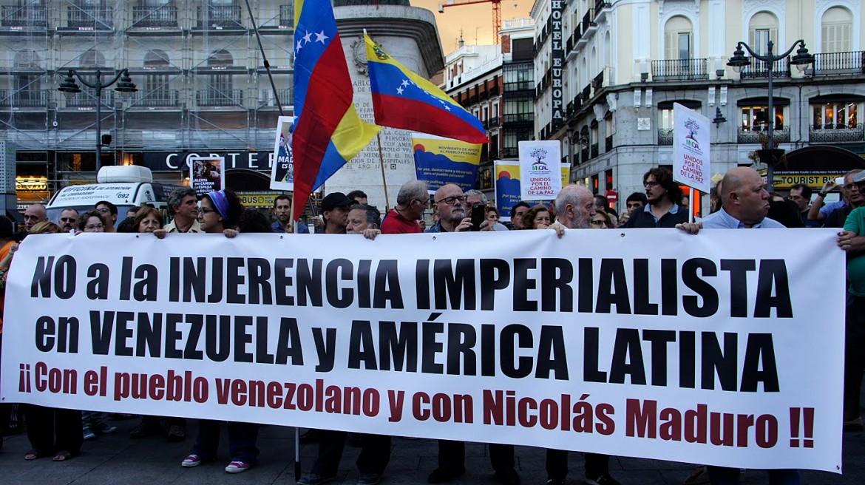 Spagna, sostegno a Maduro