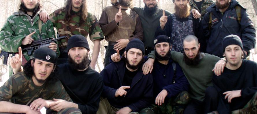 Un gruppo di jihadisti ceceni in una foto di repertorio