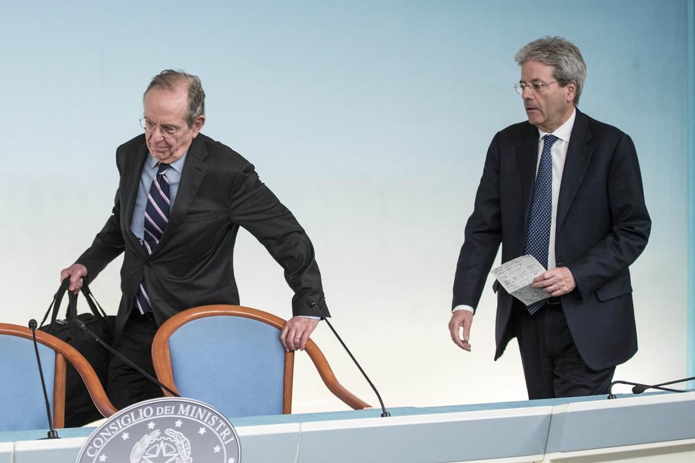 Pier Carlo Padoan e Paolo Gentiloni