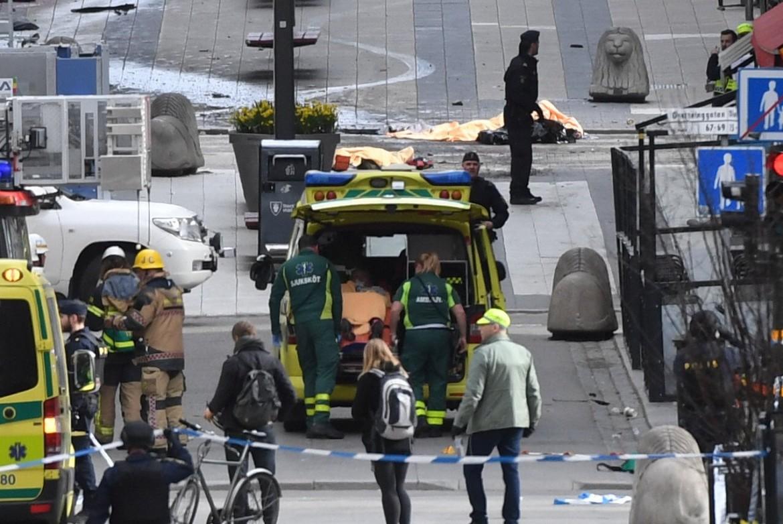 Stoccolma, la polizia sul luogo dell'attentato