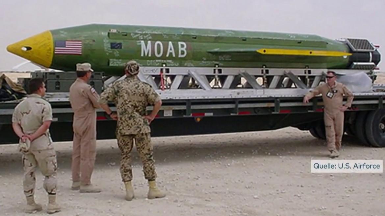 Un esemplare di  GBU-43/B, la «Mother Of All Bombs» (Moab)