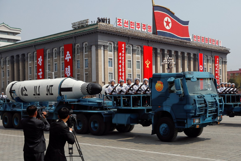Il sottomarino nordcoreano Pukkuksong presentato il 15 aprile a Pyongyang