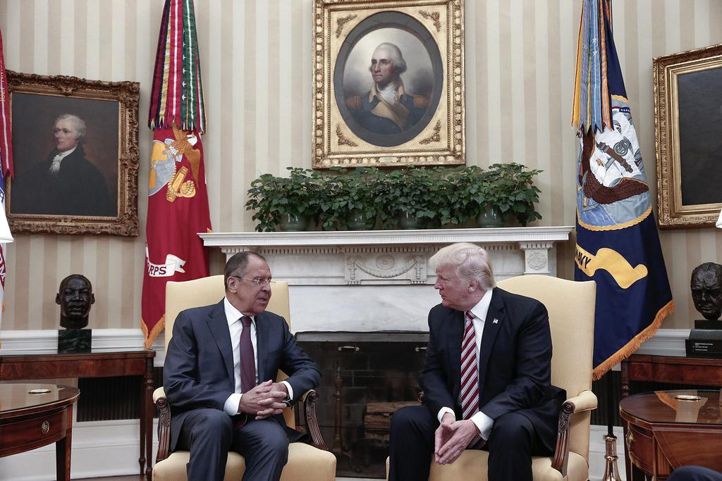 Il ministro degli Esteri Lavrov e il presidente Usa Trump