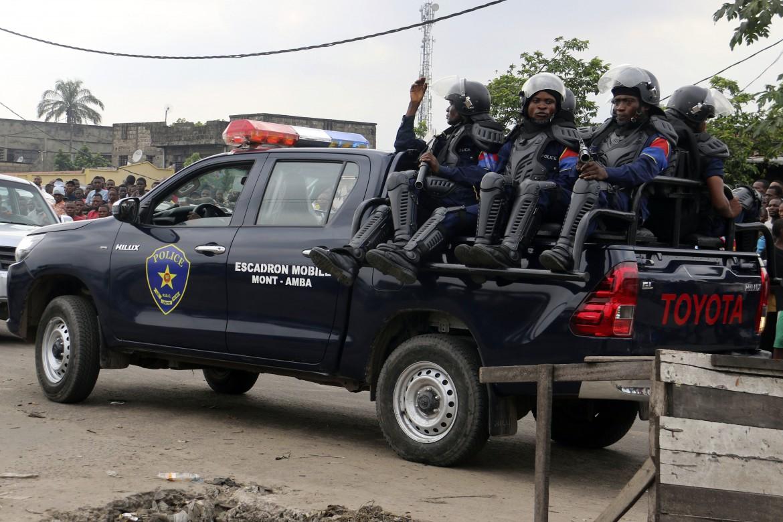 All'indomani dell'evasione di massa da Makala la polizia pattuglia i dintorni del penitenziario