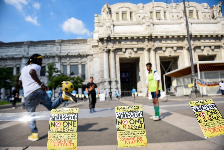 La manifestazione del 20 maggio a Milano