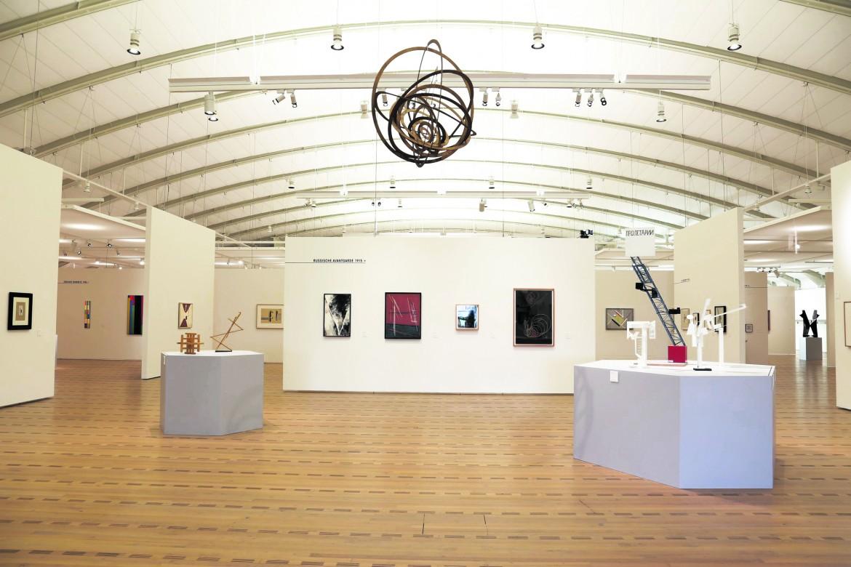 Una sala della mostra La rivoluzione è morta, lunga vita alla rivoluzione, al Zentrum Paul Klee di Berna