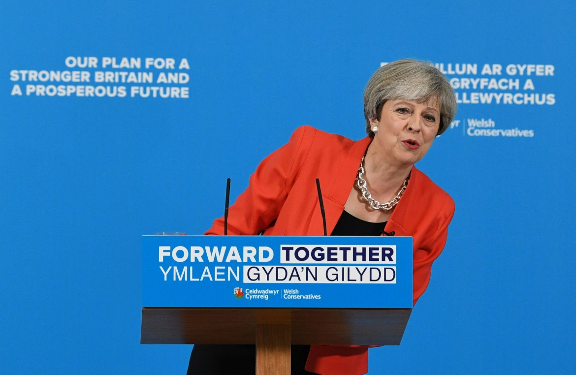Theresa May in campagna elettorale