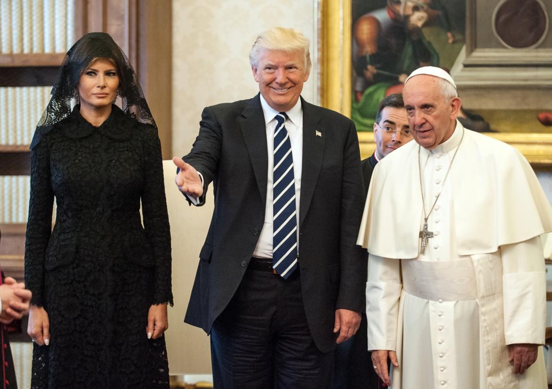 Le foto ufficiali dell'incontro fra Trump, sua moglie Melania e papa Francesco