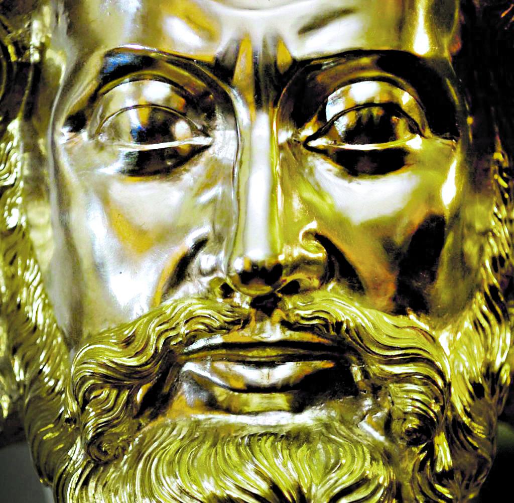 Il busto di Carlo Magno, part., conservato  nel duomo di Aquisgrana (Aachen) in Germania