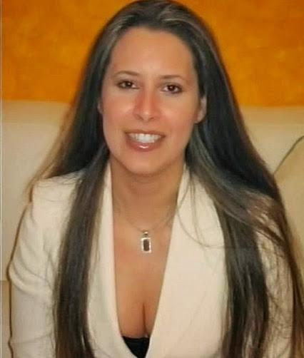 Aysha Gheddafi, unica figlia del Colonnello ora in esilio in Oman con la madre