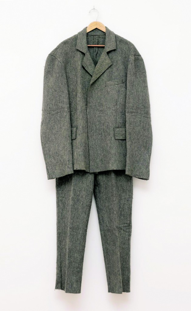 Joseph Beuys, «Filzanzug (Felt Suit)», 1970