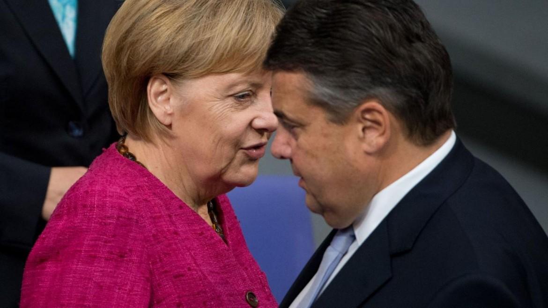 La cancelliera Angela Merkel e il ministro Sigmar Gabriel