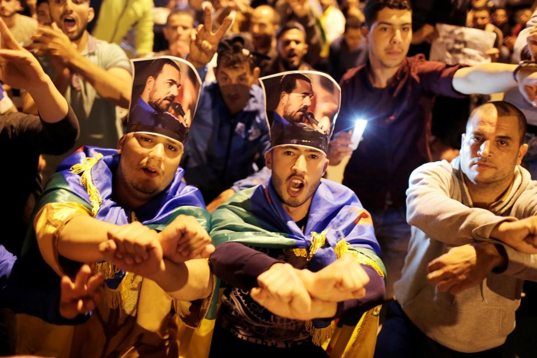 Migliaia in piazza martedì sera a Al-Hoceima