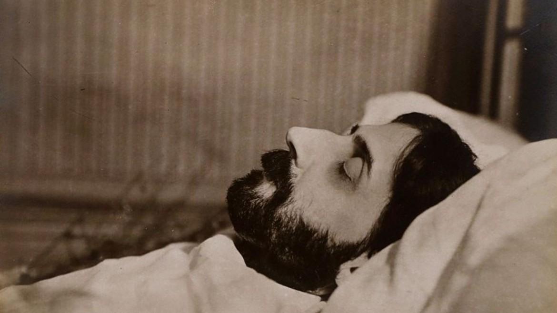 Proust sul letto di morte, 29 novembre 1922, foto di Man Ray