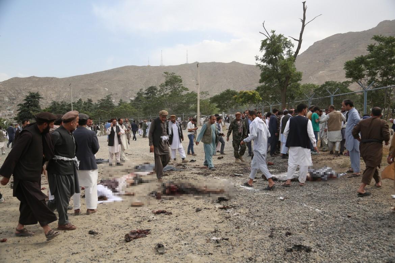 Attentato contro un funerale, ieri a Kabul
