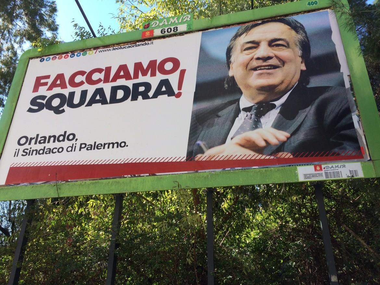 Nel cartellone Leoluca Orlando: il sindaco uscente si è insediato per la prima volta a Palazzo delle Aquile nel 1985