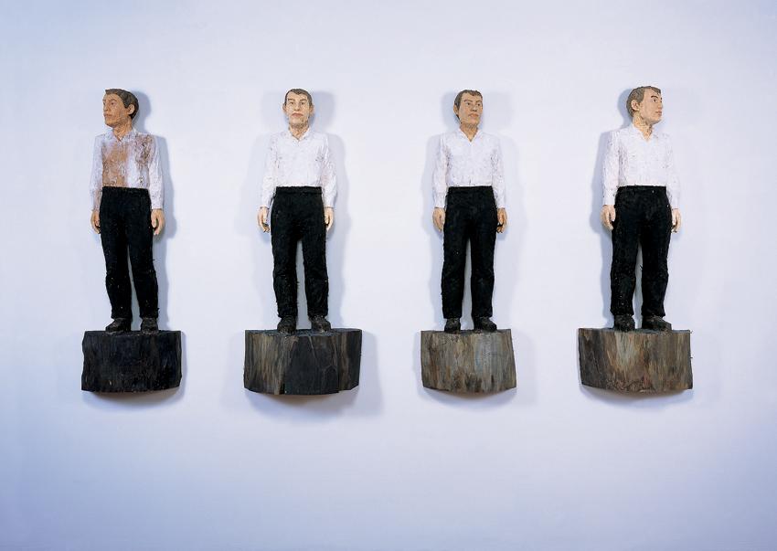 Un'opera di Stephan Balkenhol